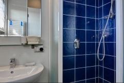 camera da letto bagno