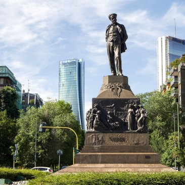 Statua_a_Giuseppe_Verdi